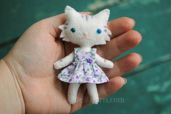 make cat doll