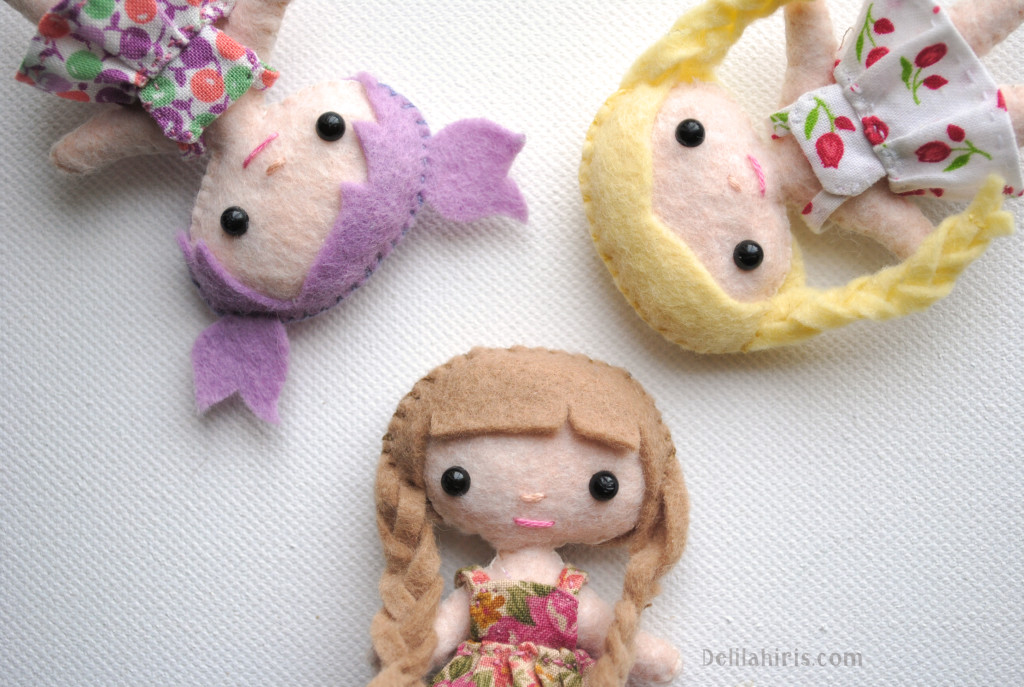 tiny cloth dolls