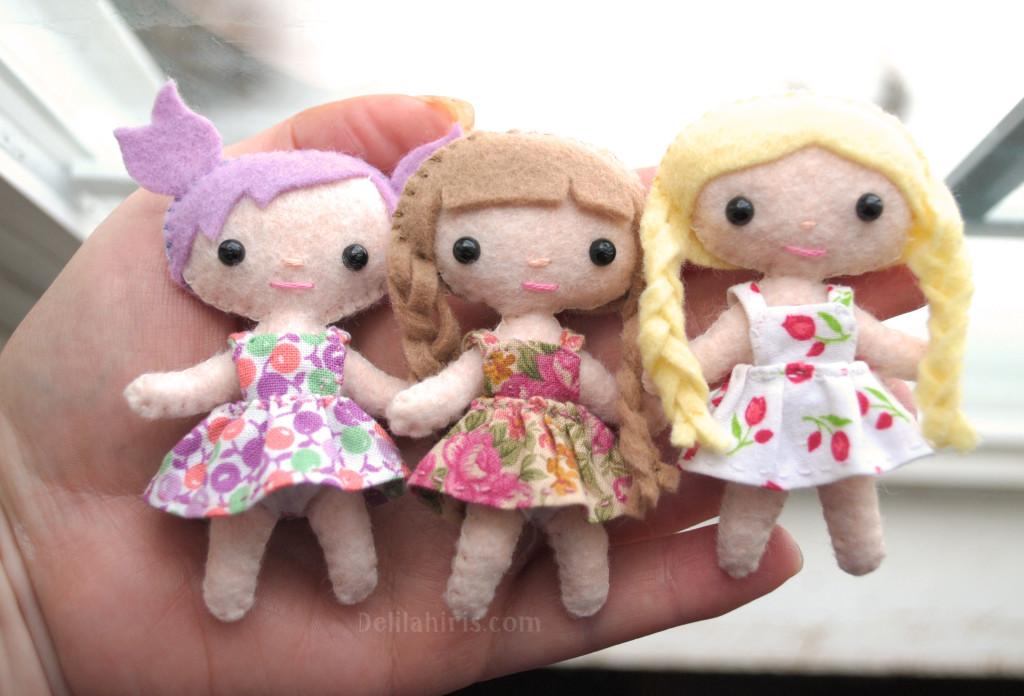 Tiny Felt Pocket Dolls