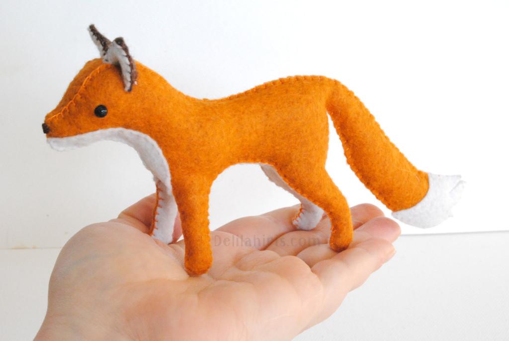 woodland felt fox