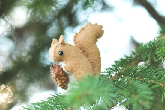 woodland felt squirrel pattern