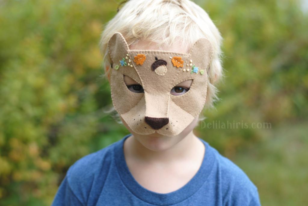 woodland bear halloween mask