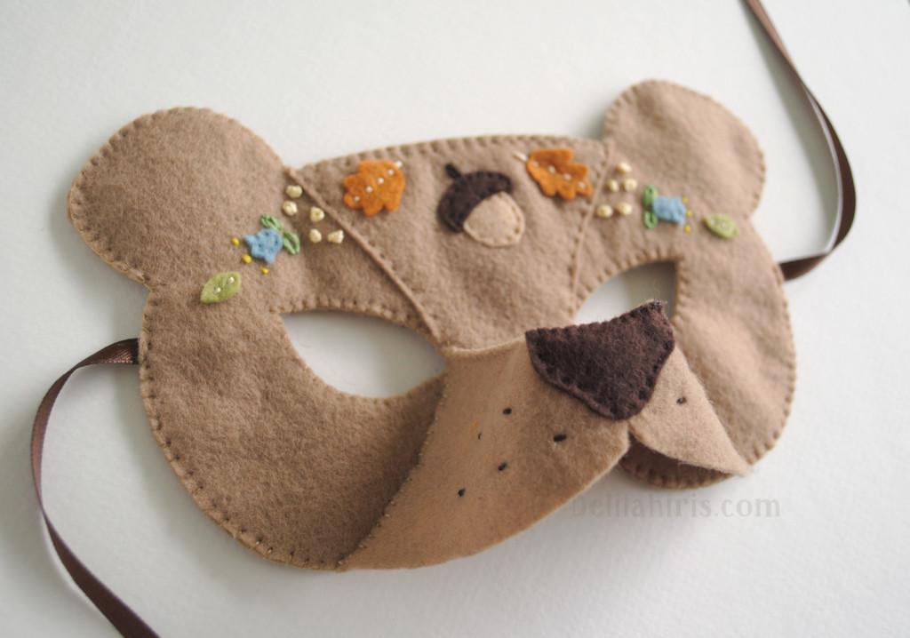bear felt mask pattern