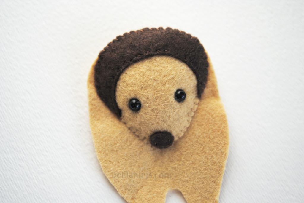 felt hedgehog pattern