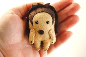 felt hedgehog pattern