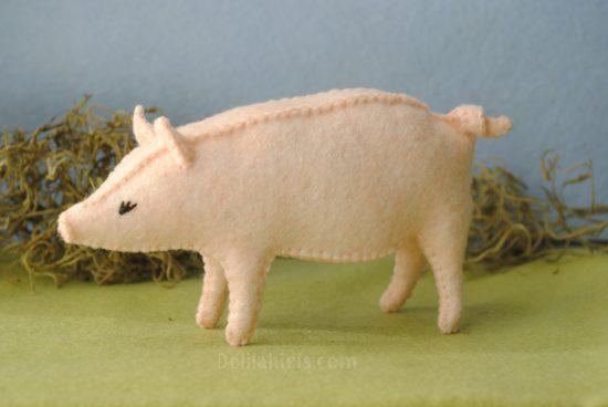 pig sewing pattern diy