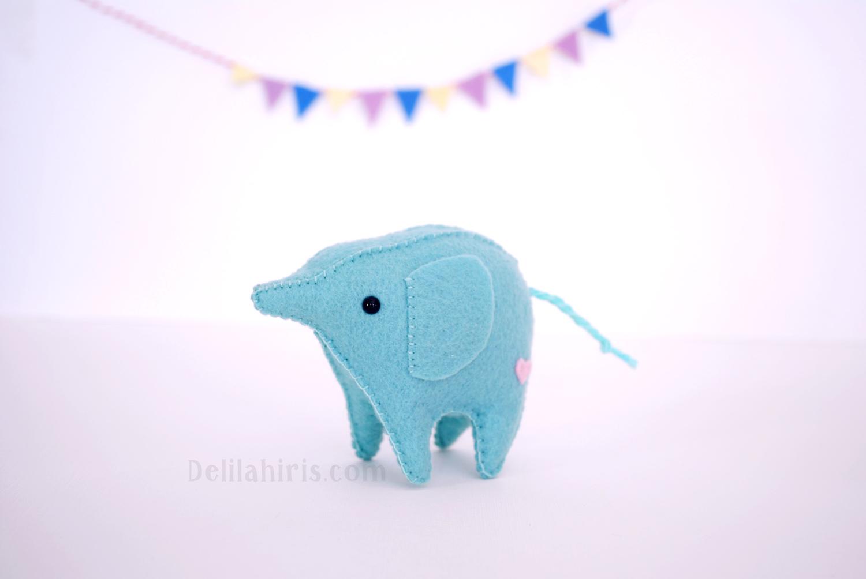 felt kawaii elephant pattern