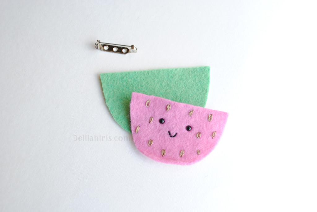 felt watermelon brooch pattern