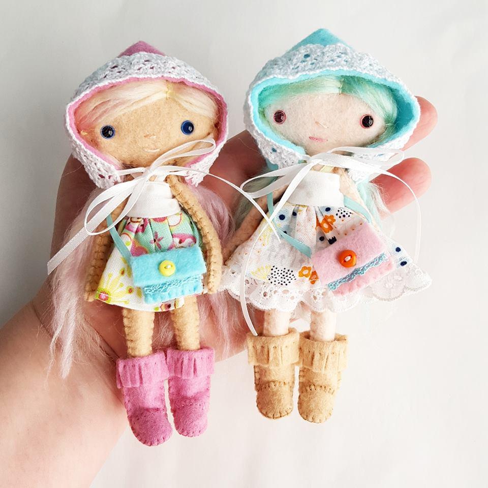 handmade felt dolls