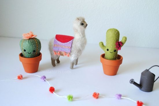 felt alpaca pattern and cactus