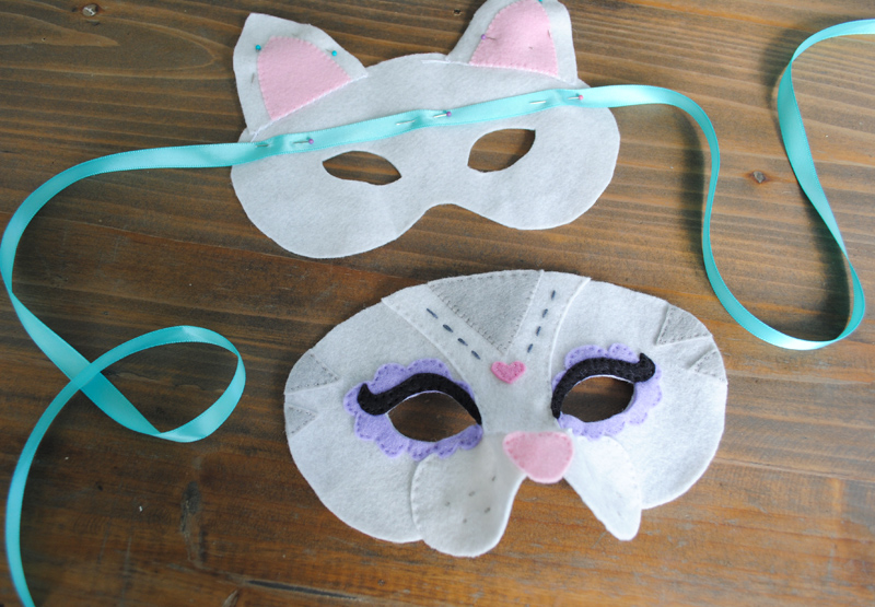 Cat Halloween Mask Tutorial