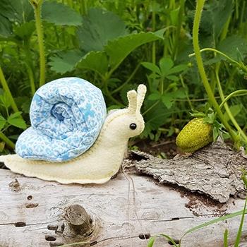 snail sewing pattern pincushion