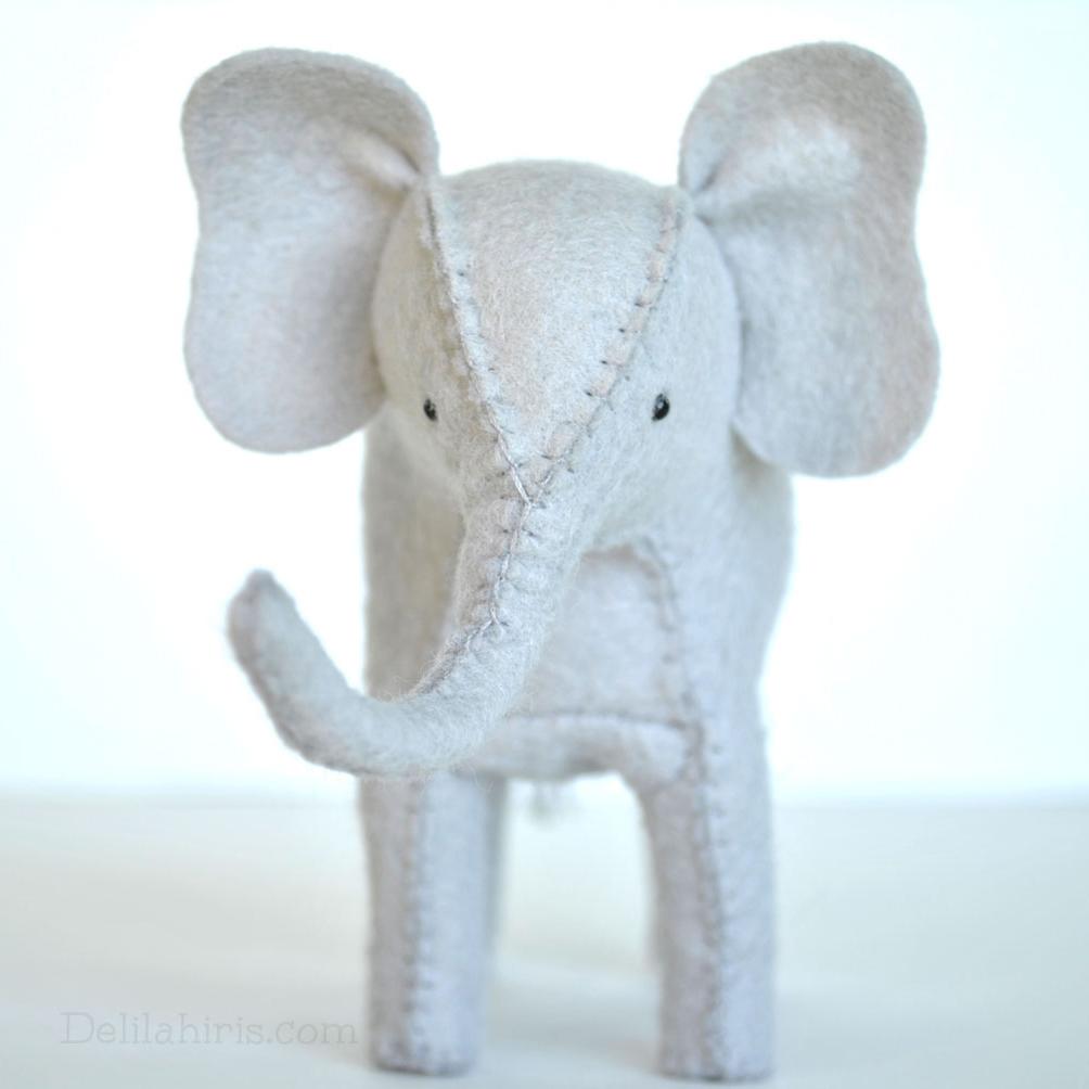 felt elephant tutorial