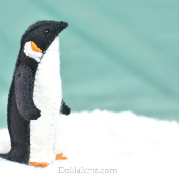 felt penguin pattern