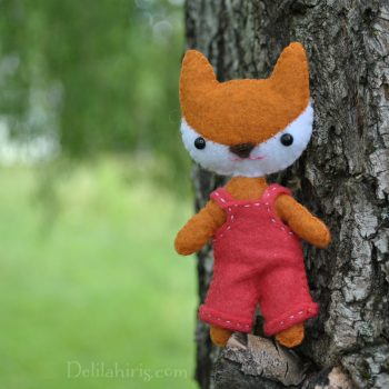 mini felt fox doll pattern