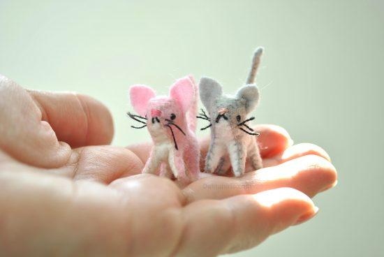 miniature felt cat pattern