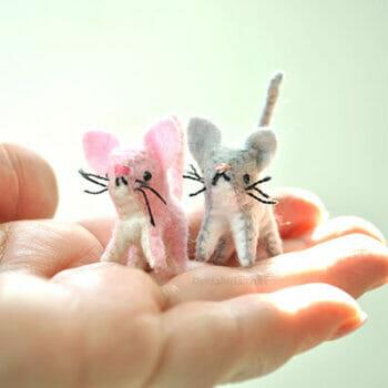 felt miniature tiny cats